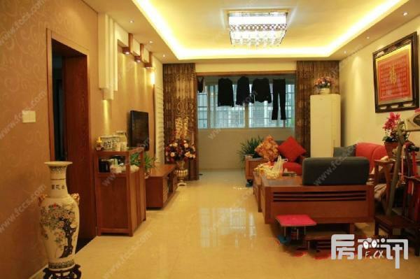衢州米兰春天二手房出售豪华装修141m²/118万 带车库