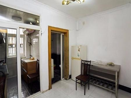 杭州翠苑三区一层带院子挑高户型双室出售