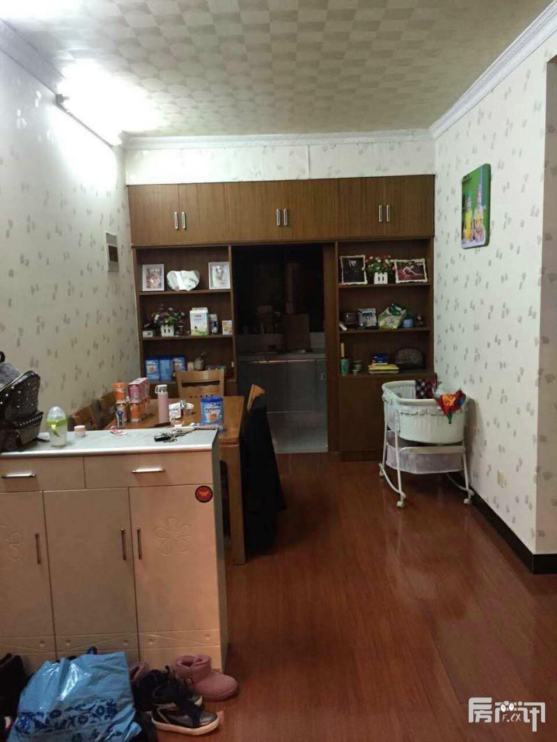 宜兴富康家园二手房户型104平/68万 精装好房地段好