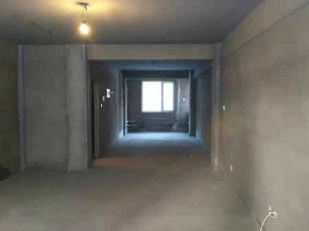 龙城八里堡北京公园 2室2厅1卫 82㎡通厅