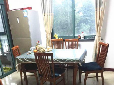 无锡红山花园二手房出售137平/168万4室2厅双阳台精装房
