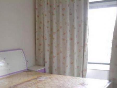 珠江路口1室1厅住房出租