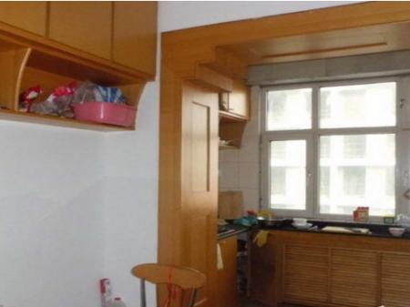南湖电信公司家属院2室2厅95平米中等装修半年付