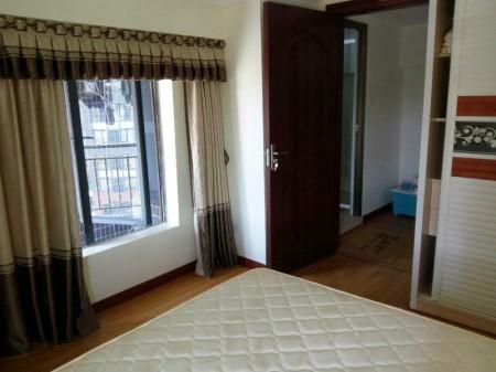 江城名扬汇峰 2室1厅120平米 简单装修 押一付三(适合住家住家首选)