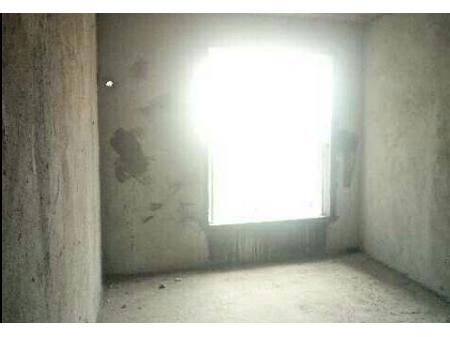 凤湾路口电梯三房出售