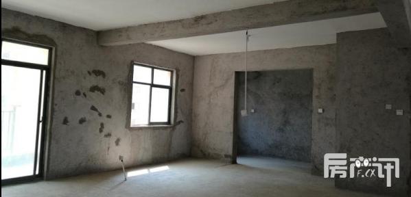 天门壹号电梯房123平米仅售41万
