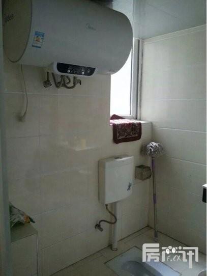 金领国际小区 整租 3室2厅2卫 130平米(个人)
