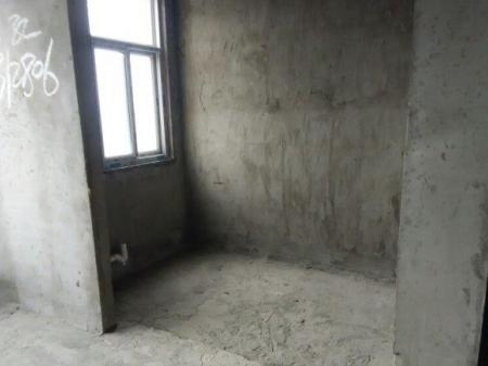 鄂州2室2厅,8楼精品小高层,阳光充足。
