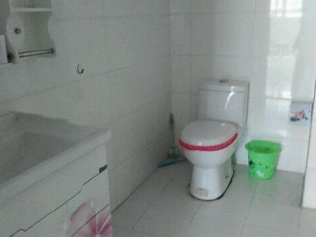 鄂州城南新鄂高雅 2室1厅70平米 精装修