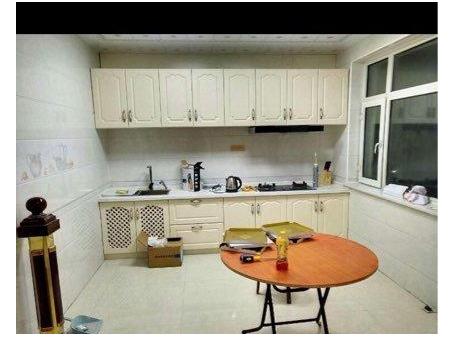 爱辉 雪松街新生活新区6带7复式4室 2厅 2卫 164平米