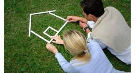 房产讯告诉你:为啥二手房首付比实际规定的首付比例要高?