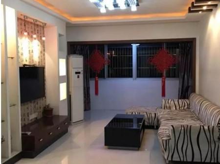 泰兴市中学二手出售3室精装121平86.8万