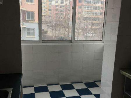 出租一高中书香家园 2室2厅93平米 简单装修 押一付三