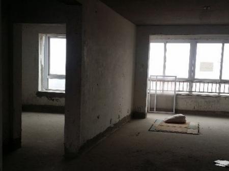 胶州中房花苑 5室2厅带阁楼出售