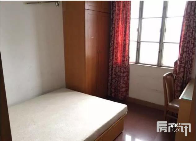 广州越秀区黄华路大院二手房3室102平420万