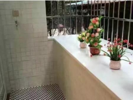 广州小北路小区二手房2室精装房57平238万