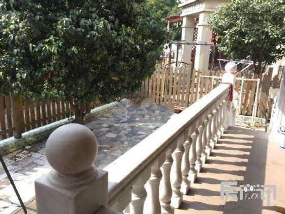 南京金马郦城二手房2室精装房93平395万