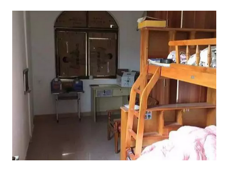肇庆朱加里 3室2厅 精装修 1300元