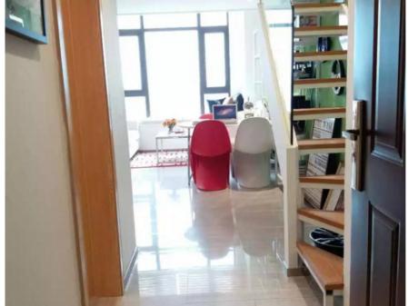(出售) 俊发星雅俊园跃层电梯公寓,地铁房,性价高,周围环境舒适