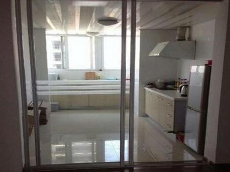城山家园 4室全地板,整体厨卫