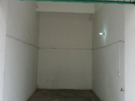 梅州兴南新村A 1室0厅 是个车库