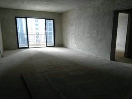 南宁江悦蓝湾 5室2厅 毛坯新房