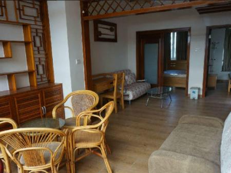 三亚亚龙湾翡翠谷小区 4室2厅4卫170 平 家具家电齐全