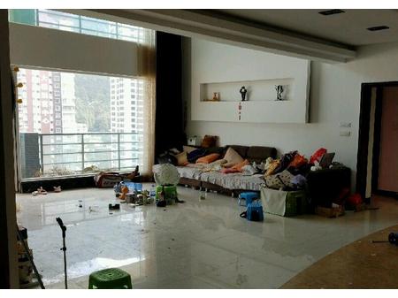 渝州花园 6室2厅3卫 12跃13层 315平 精装 130万