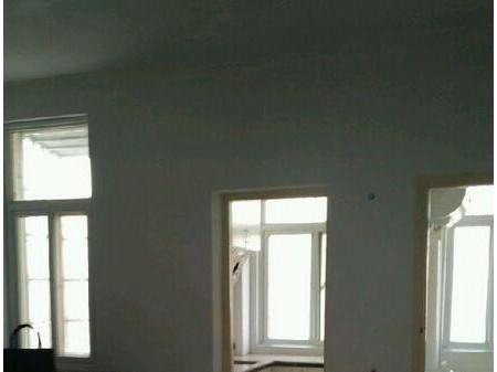 阳光小区 2室1厅1卫 56平  一年起租
