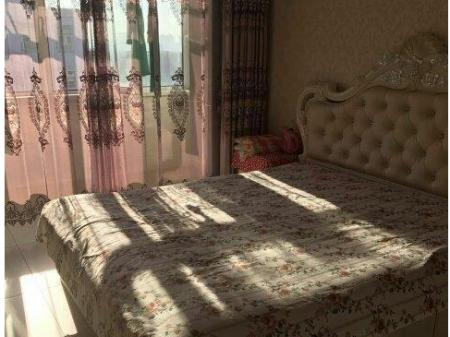 (出售) 集宁婚房首选大平 4室2厅2卫 190㎡豪华装修拎包入住