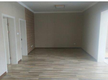 (出售) 土管局边5楼98十15豪装售76万 3室 98m²