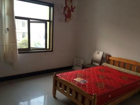 五洲城 3室2厅 137平米  1600元/月 简单装修 半年付(个人)
