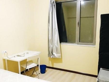 万达城 3室1厅 95m² 三个月起租