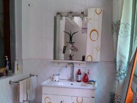出租院里花园3室2厅2卫 135 平  中装 2000元/月