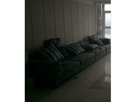 丹东林江名城 3室2厅2卫168平 年付