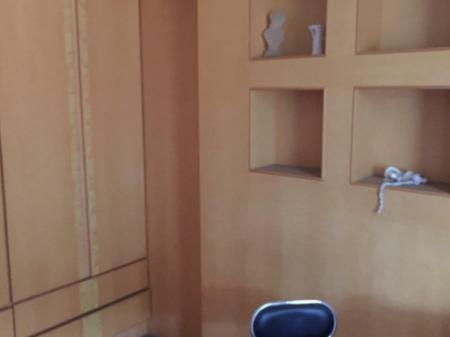 咸宁工商小区 4室2厅2卫157㎡ 精装修