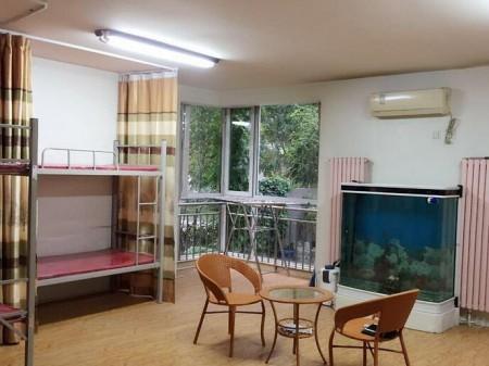 百盛沃尔玛附近 3室2厅2卫   200 平  大同第一私人订制连锁女子公寓