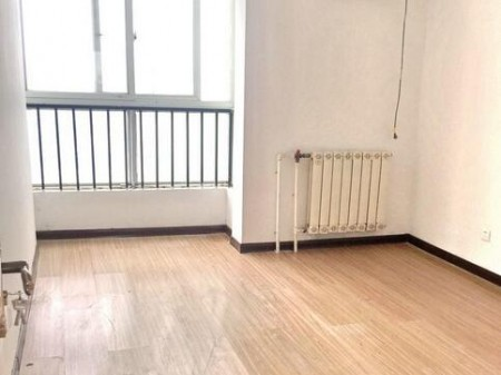 中和花园 3室2厅 143平米 精装修 押一付三