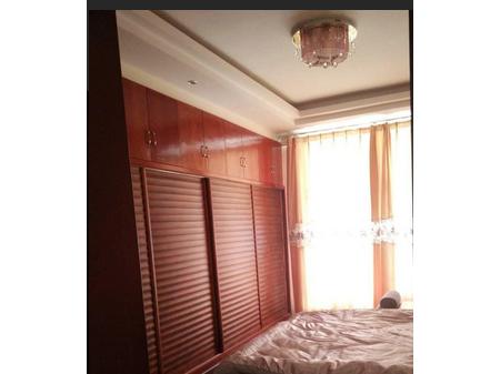 【丽月林语北区】 3室2厅131平米 精装修 带家具年付