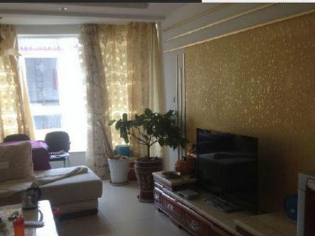 古城柏龙水榭二期 3室2厅130平米 豪华装修 半年付