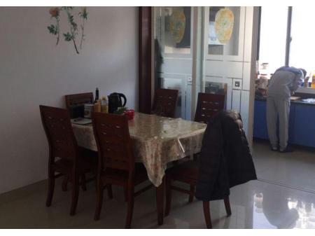 桓台兰香园 3室2厅1卫135㎡ 送大车库