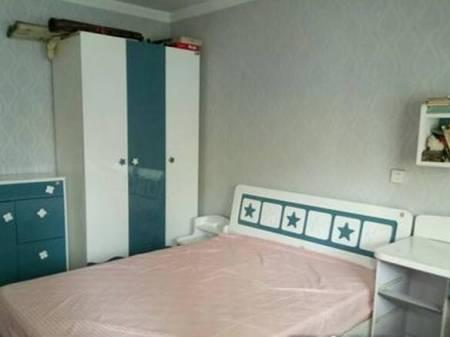龙山小区 3室1厅1卫 84㎡ 紧临龙山中学