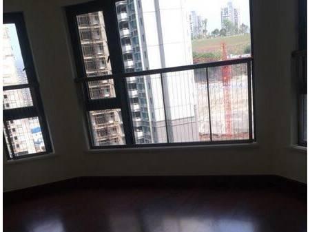 恒大雅苑 3室2厅2卫  110平  一年起租
