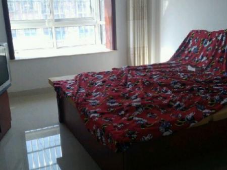 龙湖新城  3室2厅1卫   120 平