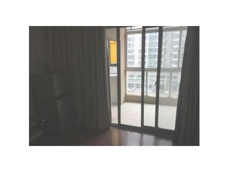 海悦公寓 1室1厅50平米 精装修 面议