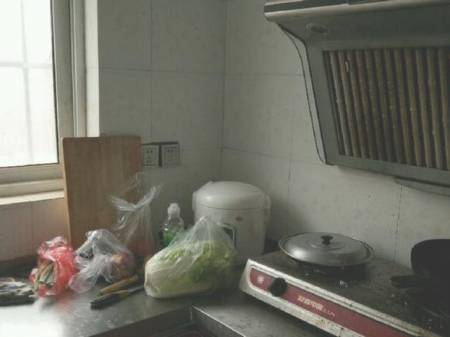 温馨家园 3室2厅2卫 130平  长租优惠