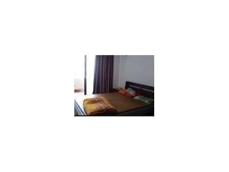 急租二室一厅,可短租,家具齐全,拎包入住新罗,交通便利。