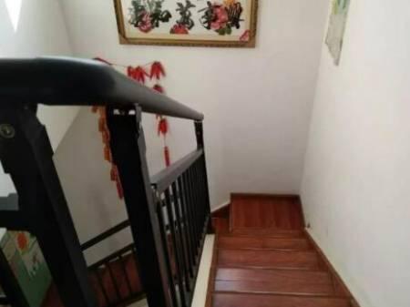 隆昌外滩 170平米楼中楼4室3厅3卫急售