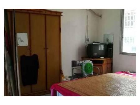 隆昌南街小学附近 2室2厅80平米 简单装修 面议