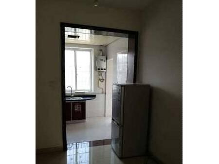 乐至欧尚明城 3室2厅1卫 98平 精装 680元/月